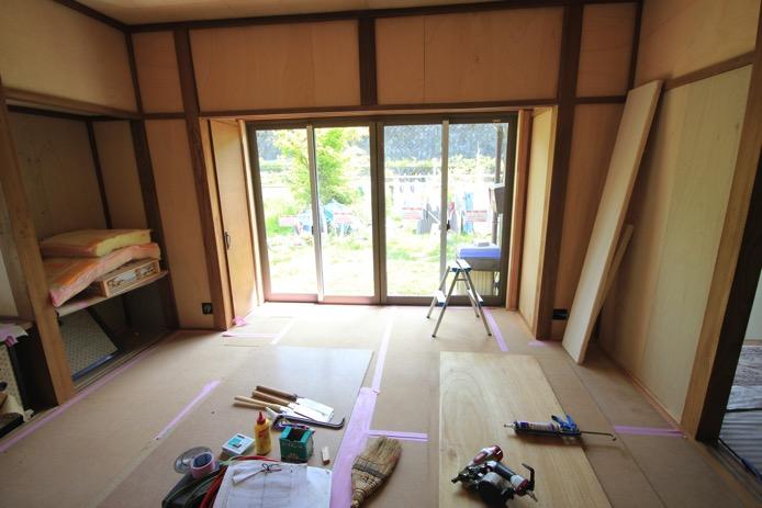 居間の改修